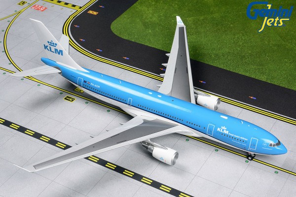 Airbus A330-200 KLM Royal Dutch Airlines PH-AOM Scale 1/200