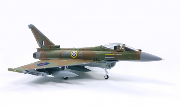 Eurofighter EF-2000 Typhoon Royal Air Force Scale 1/72