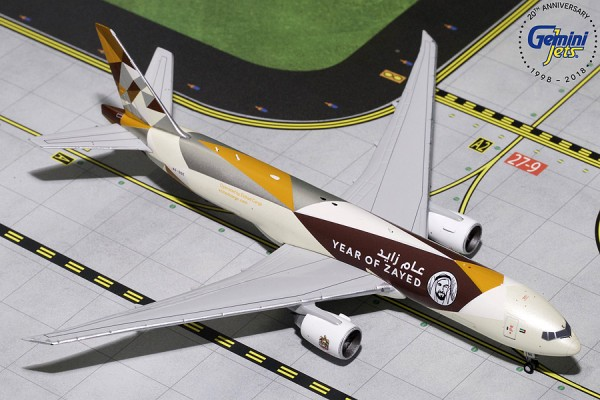 "Boeing 777F Etihad Cargo ""Year of Zayed"" A6-DDE Scale 1/400"