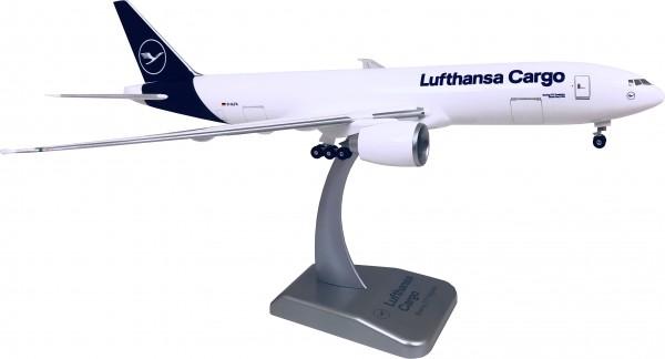 Boeing 777F Lufthansa Cargo New Livery Scale 1:200 w/G