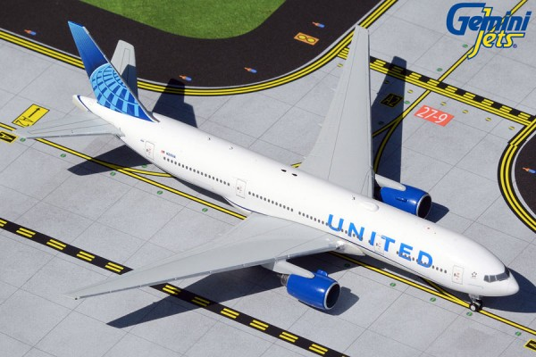 Boeing 777-200ER United Airlines New Livery N210UA Scale 1/400