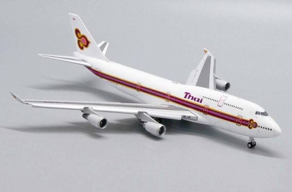 """Boeing 747-400 Thai Airways """"Old Livery"""" Flaps Down Version HS-TGY Scale 1/400"""