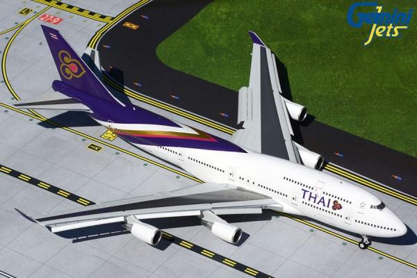 Boeing 747-400 Thai Airways flaps down Scale 1/200