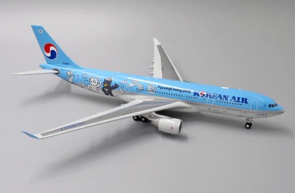 """Airbus A330-200 Korean Air """"Pyeong Chang 2018"""" HL8227 Scale 1/200"""