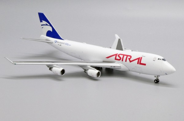 Boeing 747-400F(SCD) Astral Aviation TF-AMU Scale 1/400