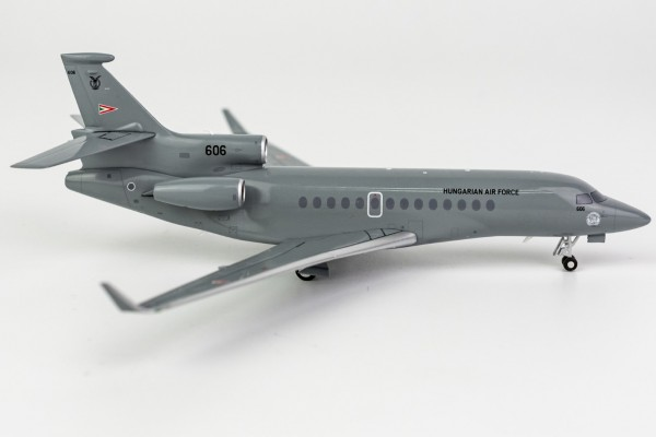 Falcon 7X Hungary Air Force 606 Scale 1/200
