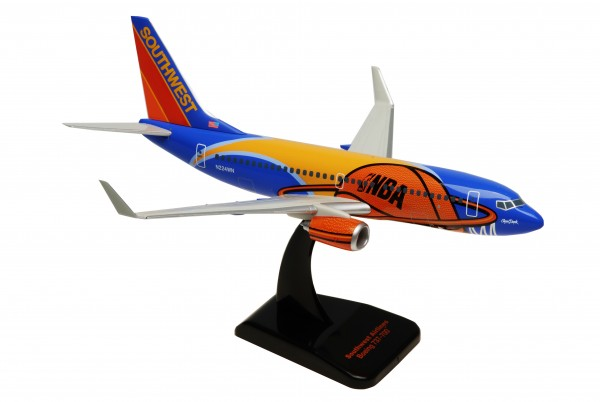 "Boeing 737-700 Southwest ""Slam Dunk One"" N224WN Scale 1:200"