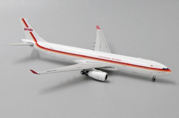 "Airbus A330-300 Garuda Indonesia ""Retro Livery"" PK-GHD Scale 1/400"
