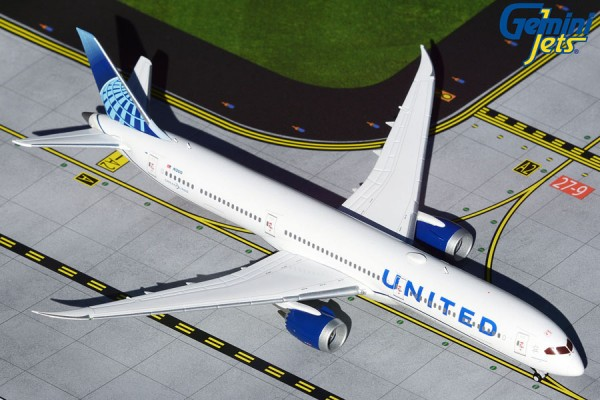Boeing 787-10 United Airlines New livery N12010 Scale 1/400