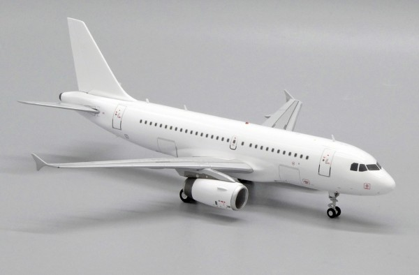 """Airbus A319 with V2500 engines """"Blank"""" Scale 1/200"""
